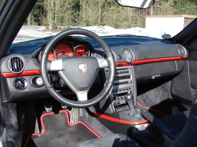 Codes options int rieur boxster 987 s black stuttgart for Interieur paupiere inferieure rouge