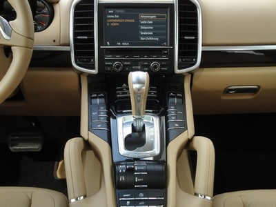 codes options transmission cayenne turbo 500 cv stuttgart automobile magazine. Black Bedroom Furniture Sets. Home Design Ideas