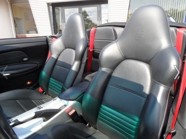 Codes options int rieur 996 c2 3 6 cab stuttgart for Interieur paupiere inferieure rouge