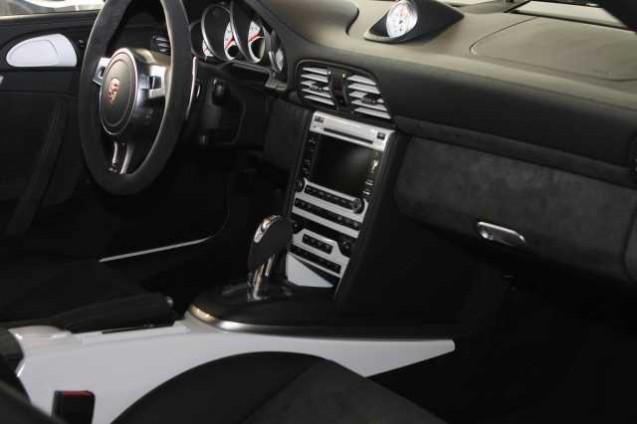 Codes options int rieur 997 gts stuttgart automobile for Interieur paupiere inferieure rouge