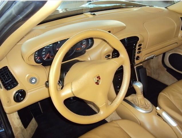 Codes options int rieur cuir 996 c4s stuttgart for Porsche 996 interieur