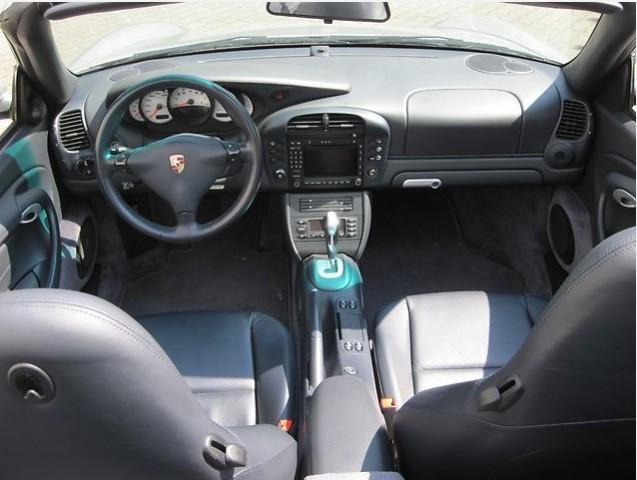Codes options int rieur cuir 996 c4s cab stuttgart for Interieur 996