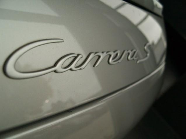 Monogramme sur capot arrière couleur Argent