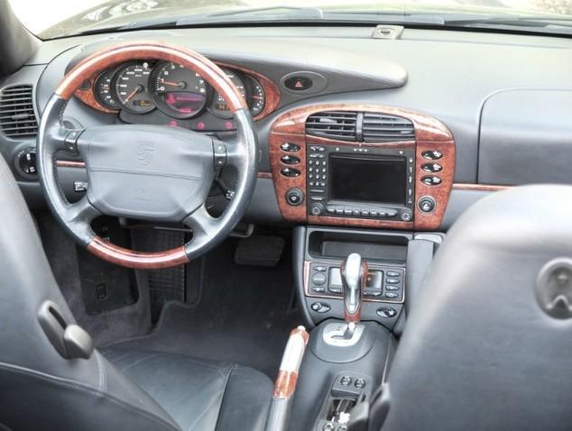 Codes options int rieur bois 996 c2 3 6 stuttgart for Porsche 996 interieur