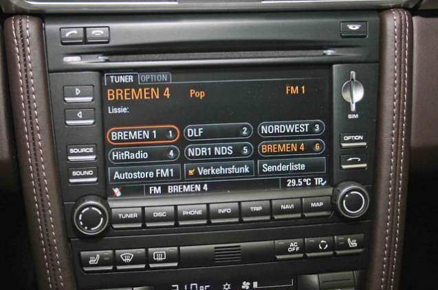 Porsche Communication Management avec module de navigation