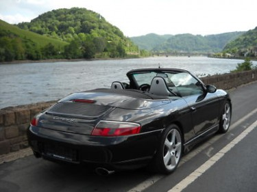 Photo Porsche 996 Carrera 4 Noir Basalte