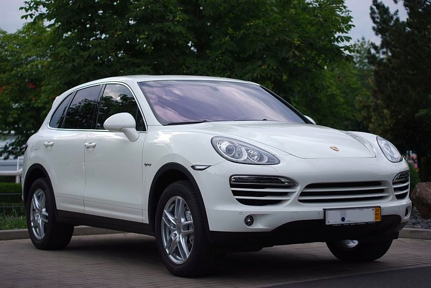 avis clients achat porsche occasion cayenne s hybrid. Black Bedroom Furniture Sets. Home Design Ideas